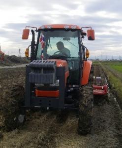 小麦の播種を始めました